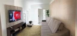 Casa com 3 quartos, ar condicionado e piscina, disponível a partir de 06 de janeiro