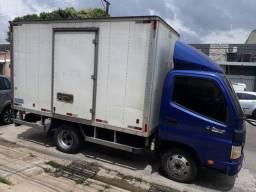 Vendo um excelente caminhão