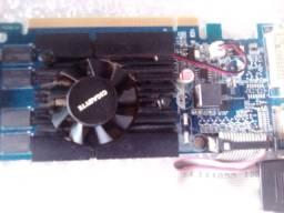Placa de Vídeo PCYes NVIDIA GeForce GT 210 1GB, DDR3<br><br>