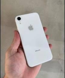 Vendo um iPhone xr 100% de bateria