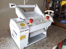 Massadeira Gastromaq CS-300 Mini para Rotisseria Pizzaria Padaria Bivolt