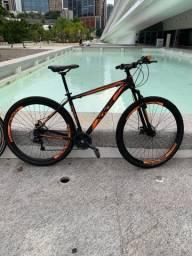 Mountain Bike XKS Aro 29 Quadro 19 21v