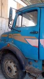 Título do anúncio: Caminhão caçamba