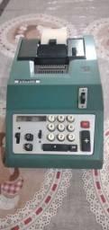 Máquina de somar Olivetti