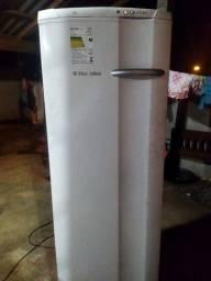 Freezer frezer eletrolux fe26