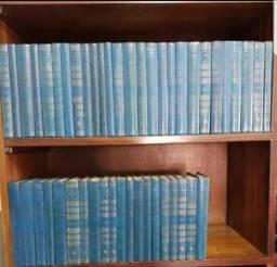 Coleção de livros Os Pensadores editora Abril com 47 volumes. Muito bem conservada.