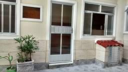 Casa Térrea em Condomínio no Paraíso - 1 Quarto grande (12 M2)