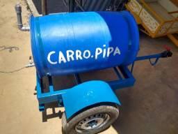 Reboque de carregar água