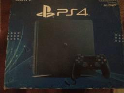 Título do anúncio: Vendo ou troco Playstation 4