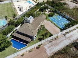 Título do anúncio: Casa a venda com 550 m2, terreno 2700 m2, com 5 suítes. Lagoa da Precabura,  Eusébio - Cea
