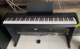 Título do anúncio: Piano Casio cdp 135