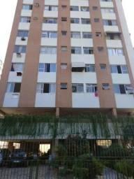 Apartamento frente, 3 quartos, 4º andar, 69m², na Rua Dr. Nunes 109