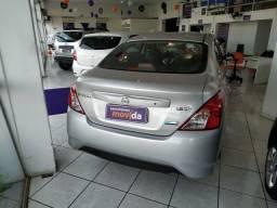 Nissan Versa 1.0 12V Flexstart 2019 Prata . WhatsApp 41- * GIL - 2019