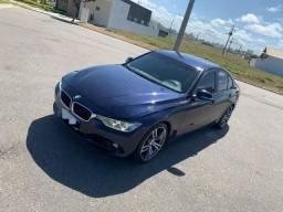 BMW 320i - 2013