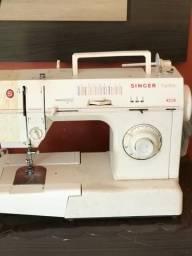 Venda maquina de costura.