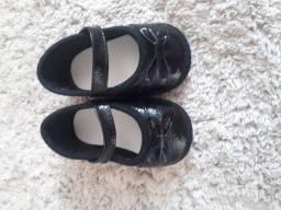 Sapatos n17 e 19