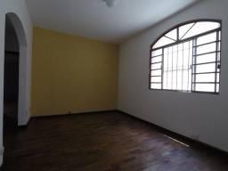 Apartamento 2 Quartos com DCE Completa 1 Vaga, Av. Principal Bairro Planalto!