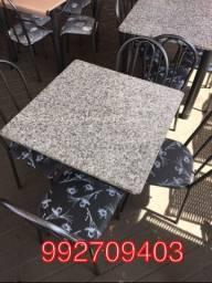 Mesa em granito 4 cadeiras , Nova