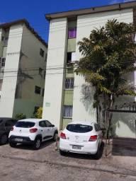 Apartamento Artemísia térreo 3 Qts, 01 suíte, varanda e garagem coberta