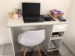 Vendo Esta Escrivaninha MDF - ZAP 9  *