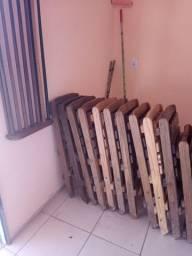 10 cadeiras de madeira maciça,abre e fecha