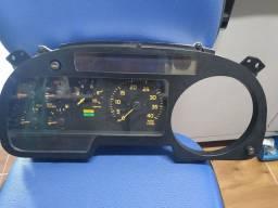 Painel de instrumentos do caminhão GMC
