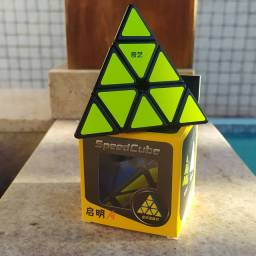 Pyraminx QIYI adesivado- 39,90
