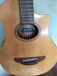 Vendo violão Yamaha baby