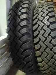 Vendo par de pneus Pirelli 6.70-16 Rural P/ Toyota Bandeirante