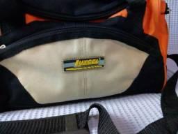 Sacola da Luxcel em Poliéster para academia ou viagens rápidas.