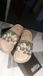 sandália sapato da melisa, e um tamanco  mais o tamanco ñ é da melisa