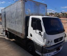 Freitas transporte caminhão baú