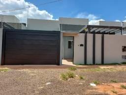 Rita Vieira R$330 mil com suíte, área gourmet, alto padrão.