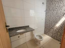Título do anúncio: Casa duplex 2 quartos com quintal na região do Grama a venda