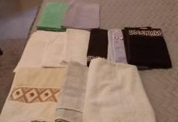 Toalhas banho rosto tapetes usadas