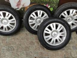 Roda com pneu 15 Citroën