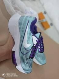 Título do anúncio: Tênis feminino Nike bolha