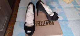 Título do anúncio: Sapato Salto fino Schultz n.36