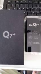 Caixa celular LG Q7+