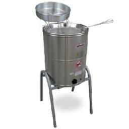 Título do anúncio: Fritadeira Elétrica de Piso Água e Óleo 24 Litros Skymsen - Wanderson