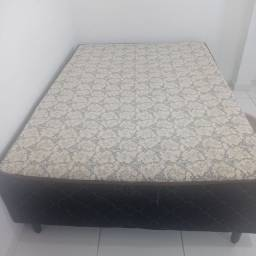 Vendo cama box de casal Nova