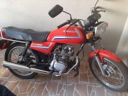 Moto CG 125 super economica
