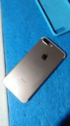 iPhone 7pus Gold