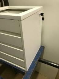 Mesa de cabeceira criado mudo 4 gavetas com chave