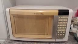 Vendo micro-ondas ou troco por forno elétrico
