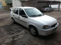 Corsa sedan c/ ar - 2001