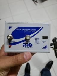 Amplificador de linha para sinal digital