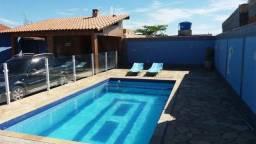 Ótima casa c/piscina na rua da praia de figueira arraial somente 12 casas pra praia