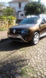 Renault Duster 20 4x2a 5P