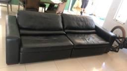Sofá de couro retrátil